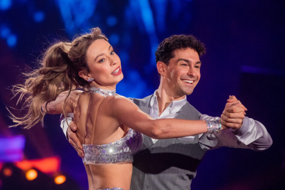 Dürfen sich über ein Comeback freuen:Model Loiza (25) Lamers und Tanzpartner Andrzej Cibis (32).