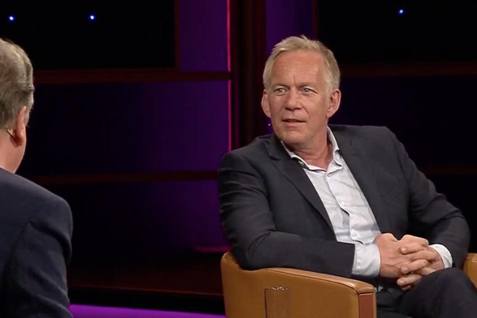 Kerner im Gespräch mit Moderator Jörg Kachelmann (62). Dass er es so weit brachte, habe er Menschen zu verdanken, die ihn förderten, sagte er.