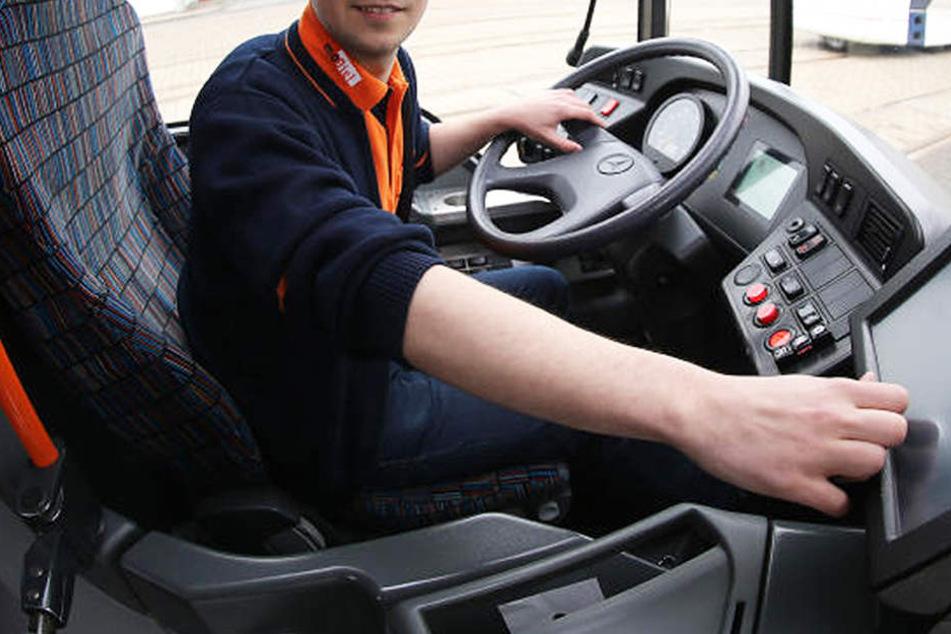 Ein Bus-Fahrer fand das Handy einer Elfjährigen.