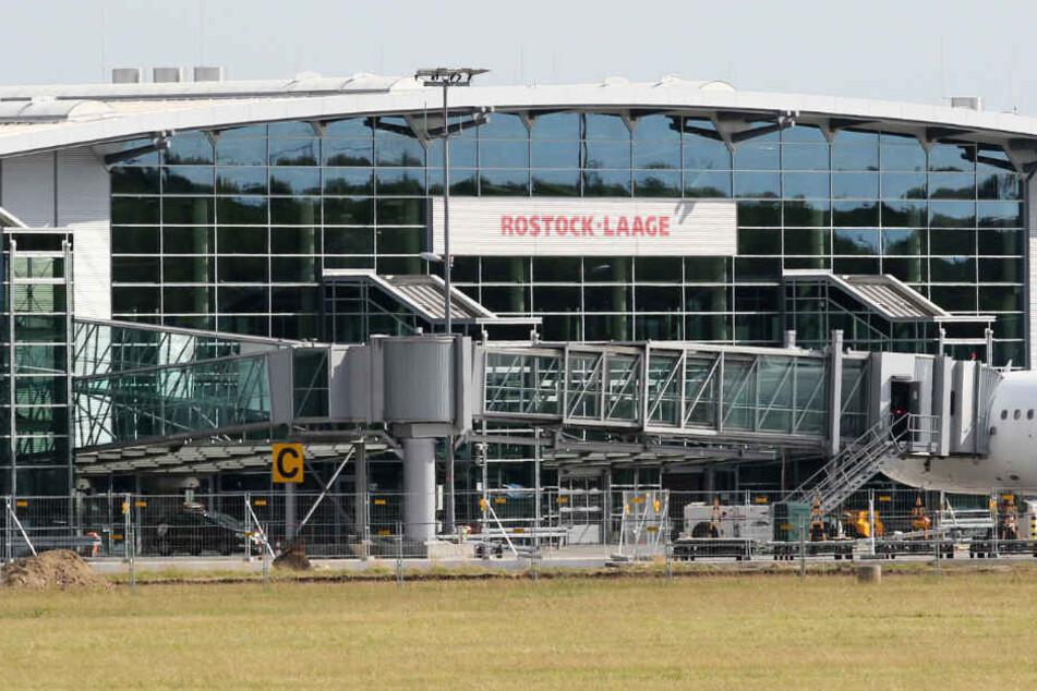 Germania-Pleite: Flughafen Rostock-Laage schickt Mitarbeiter in Kurzarbeit