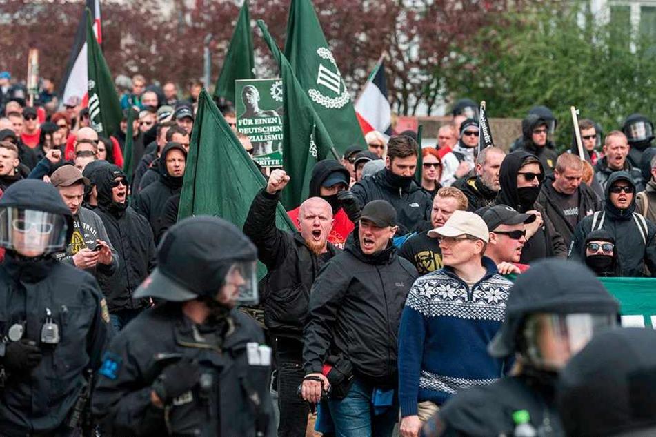Schlecht für Sachsens Image: Rechte Aufmärsche wie hier in Plauen.