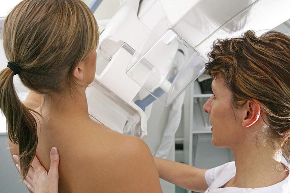 Mammografie-Screening hilft bei der Früherkennung von Brustkrebs.