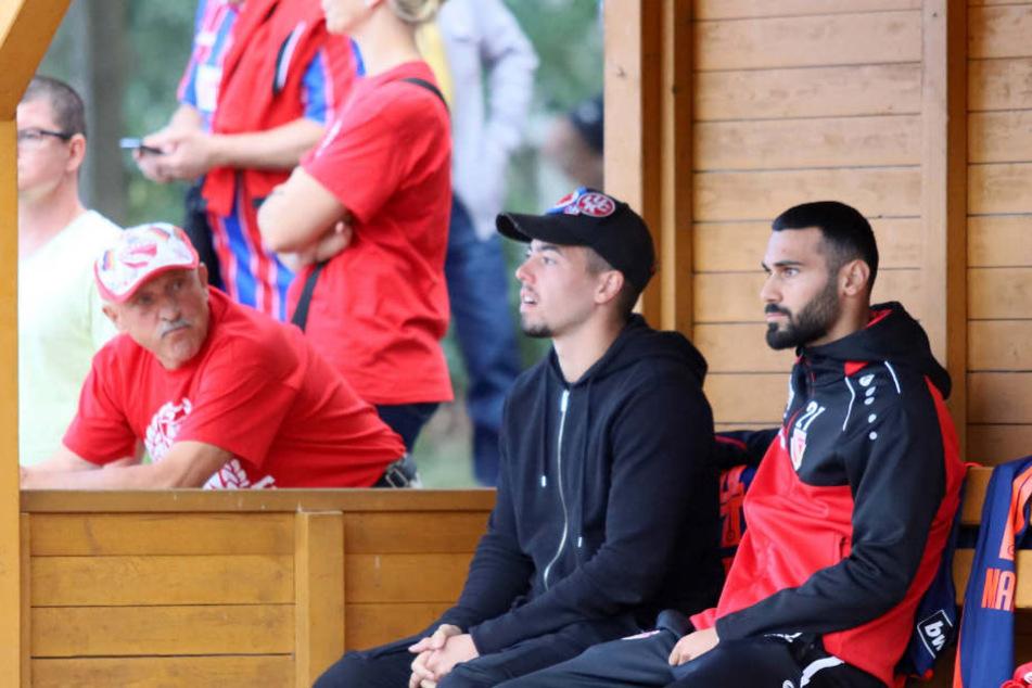 Beim FCE-Testspiel saß Aykut Soyak (l.) nur auf der Bank.