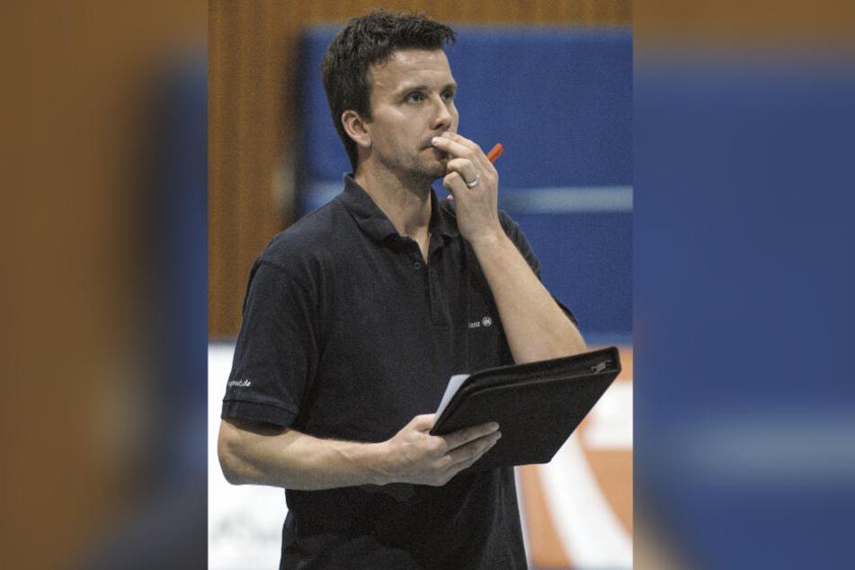 Der jetzige DSC-Coach Alex Waibl in der Saison 2006/07 als Stuttgarter Trainer bei einem Spiel in der Halle Feuerbacher Tal.