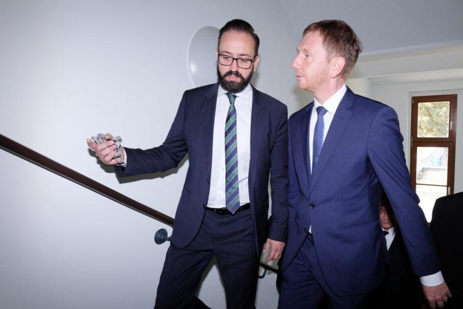 Ministerpräsident Michael Kretschmer (43, CDU, r.) und Justizminister Sebastian Gemkow (40, CDU). Eine neue Behördenpanne erschüttert den Freistaat.