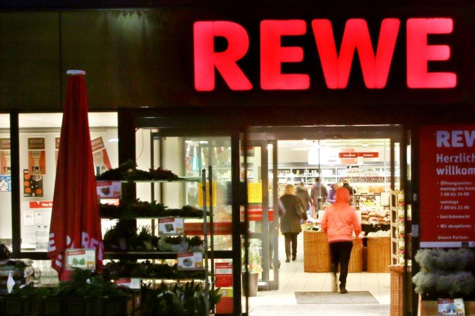 Bei dem Supermarkt handelte es sich um einen REWE.