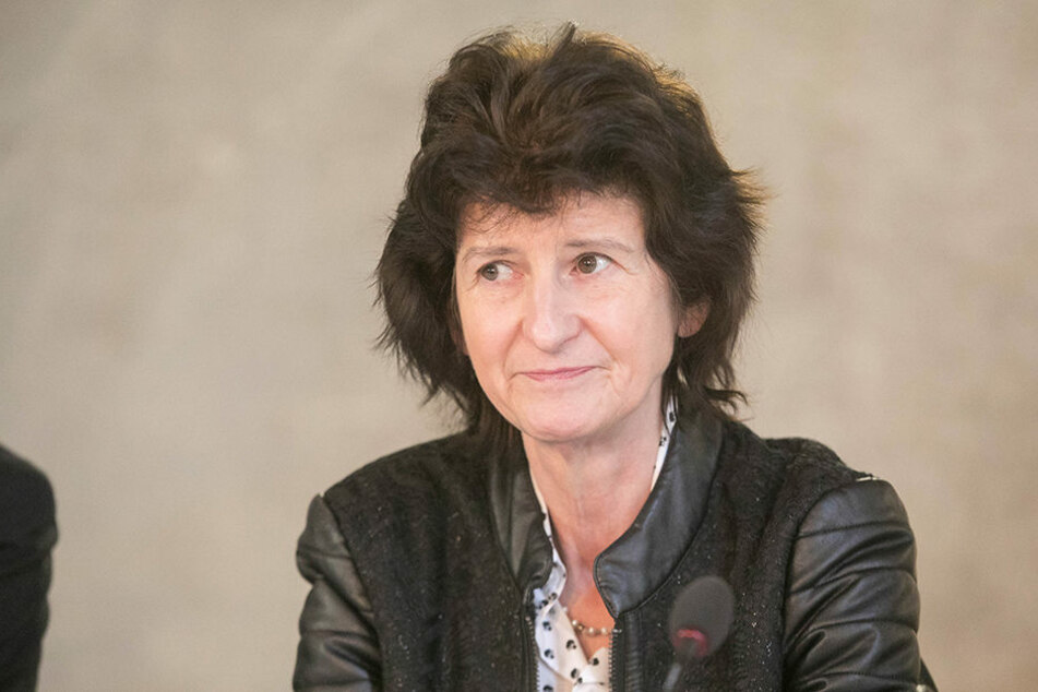 Wissenschaftsministerin Eva-Maria Stange (59, SPD) weiß, für welche Fälle die  TU Dresden externe Juristen  beauftragt hat.