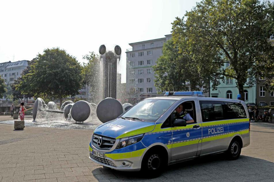 Tödliche Attacke am Ebertplatz: Bezirksbürgermeister kritisiert Reul