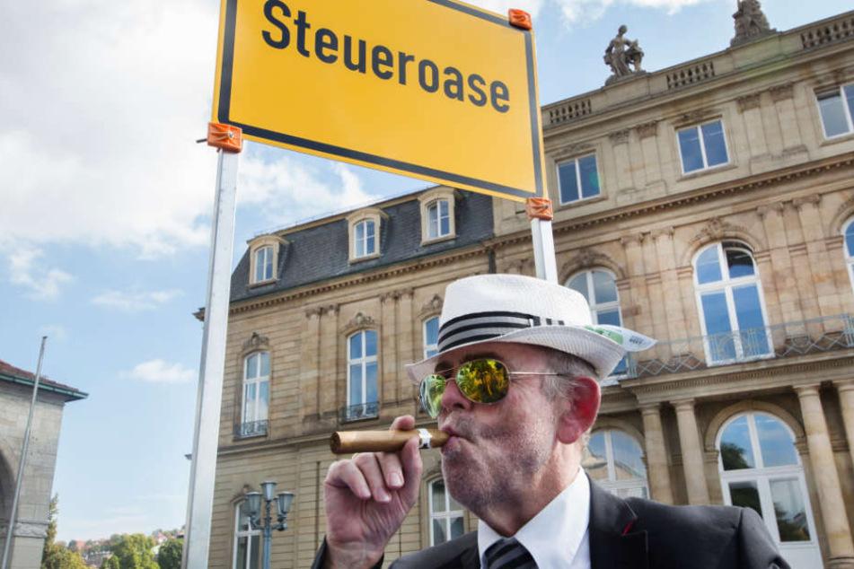 Lotto-Chef Georg Wacker prangert illegale Glücksspiel-Anbieter aus Steueroasen an. (Symbolbild)