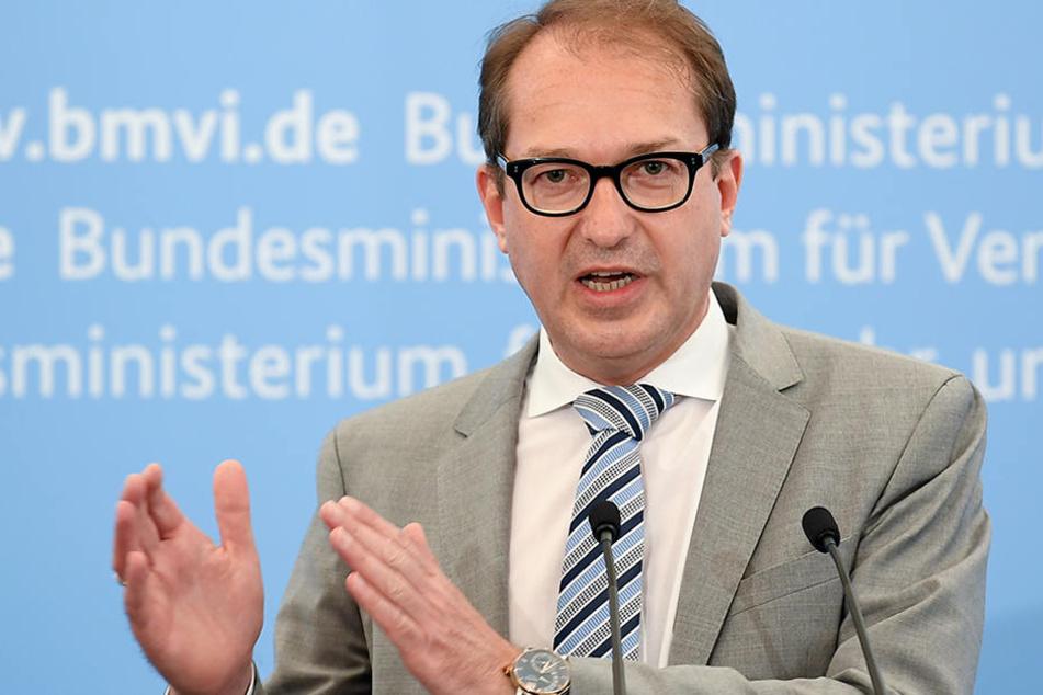 Alexander Dobrindt hat zur Überraschung vieler Politiker die Richtung in der Tegel-Frage geändert.