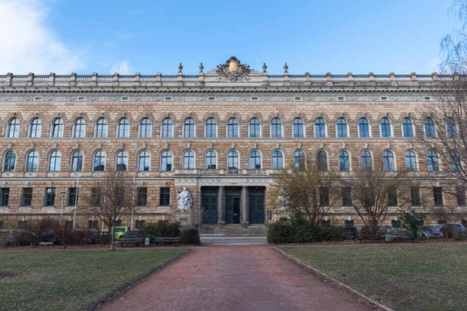 Der Prozess findet am Landgericht Dresden statt.