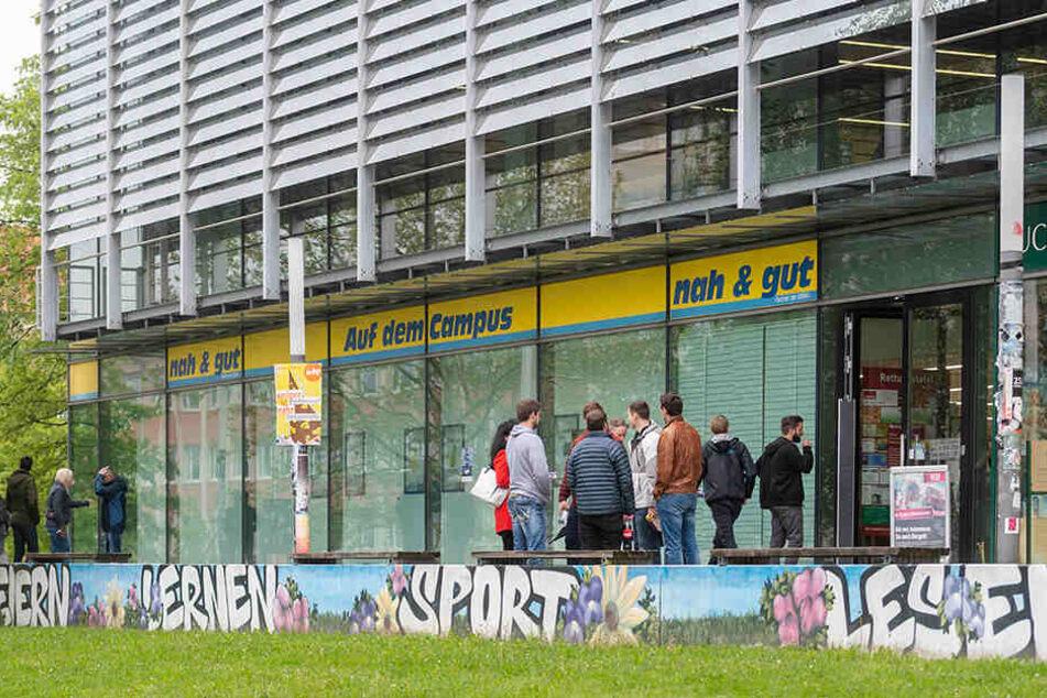 Nach Aus für Campus-Edeka: Studenten planen neuen Laden!