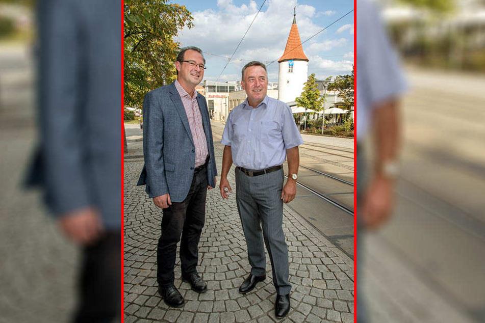 OB Ralf Oberdorfer (r., 58) und Wirtschaftsförderer Eckard Sorger (55) freuen sich über Platz 1 für Plauen als lebenswerte Stadt.