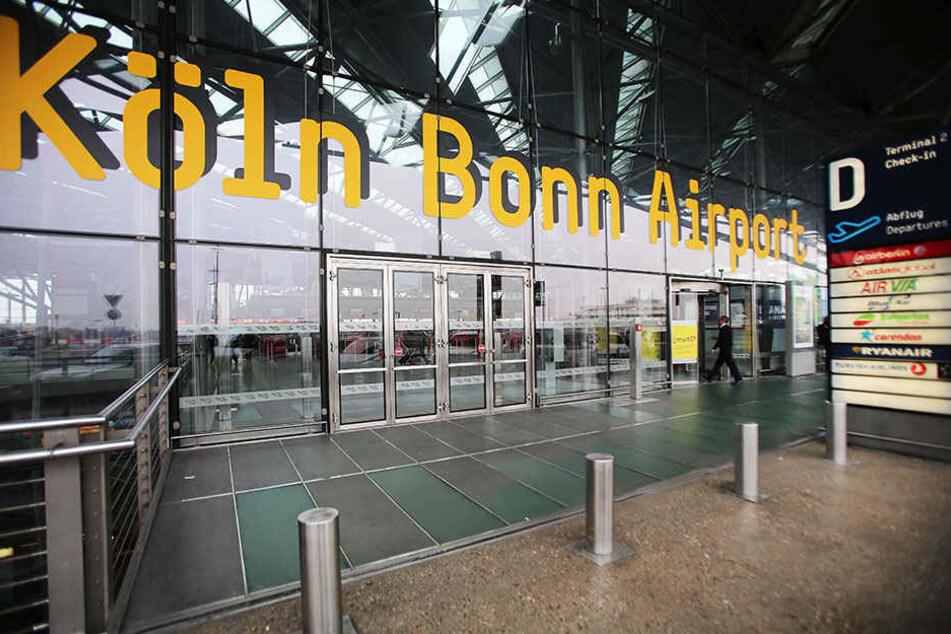 Der junge Mann wollte vom Köln Bonn Airport nach Ägypten fliegen.
