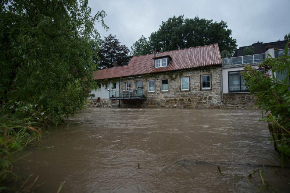 Warnstufe 4 in Hildesheim! Hier ist alles überschwemmt. Mit solchen Zuständen müssen die Sachsen momentan jedoch noch nicht rechnen.