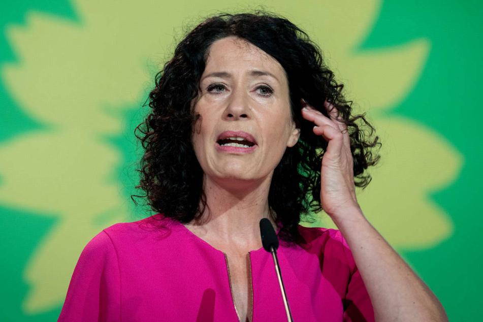 Die Spitzenkandidatin der Grünen, Bettina Jarasch (52), liefert sich laut einer Umfrage ein Kopf-an-Kopf-Rennen mit Franziska Giffey um das Amt der Regierenden Bürgermeisterin von Berlin.
