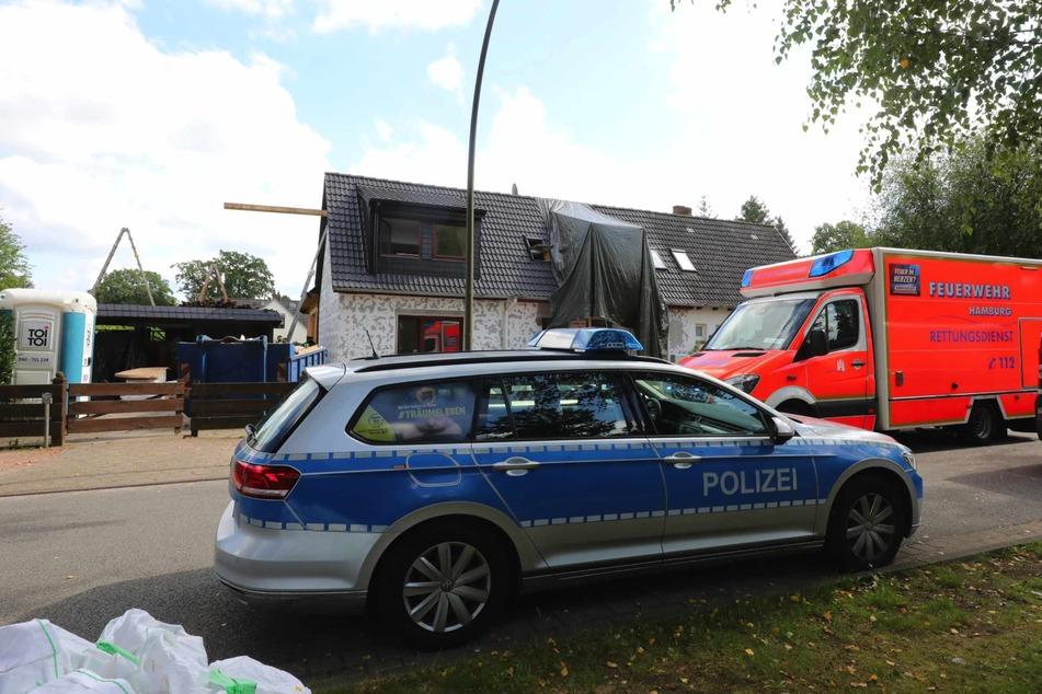 Rettungskräfte versorgten den Mann vor Ort.