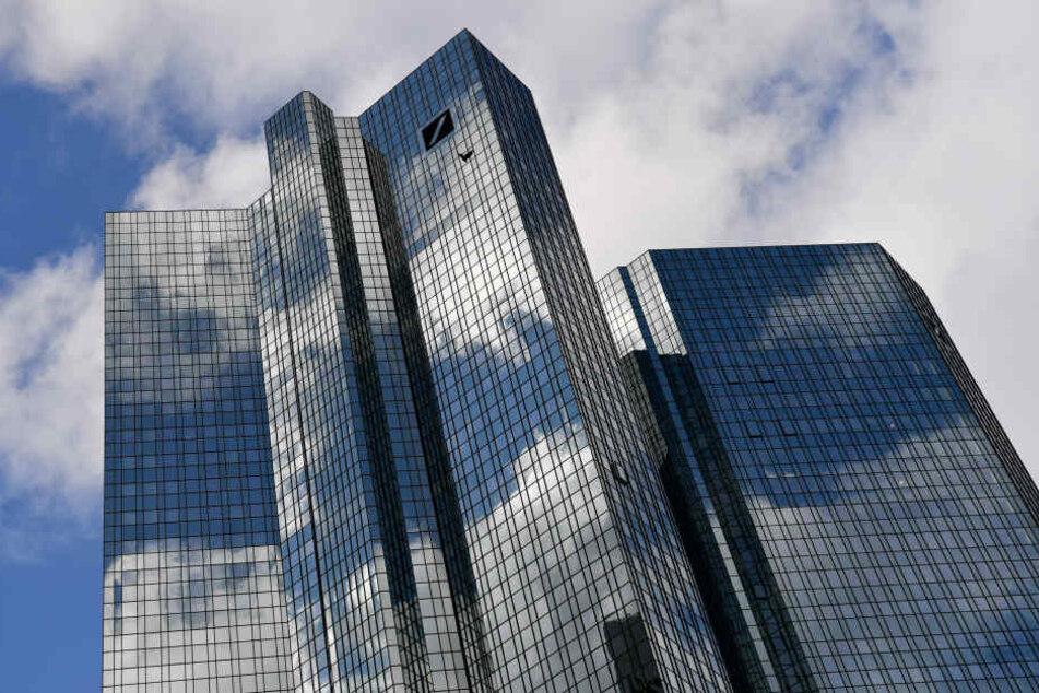 Die Deutschen Bank kürzt immer mehr Stellen.
