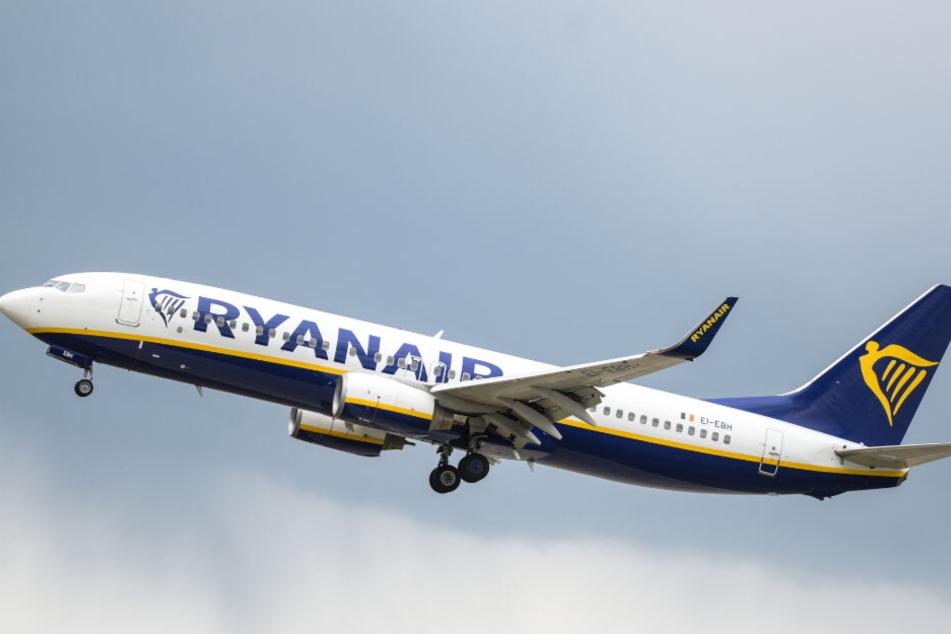 Die Passagiere des Ryanair-Fluges nach Brüssel hatten einiges durchzustehen. (Symbolbild).