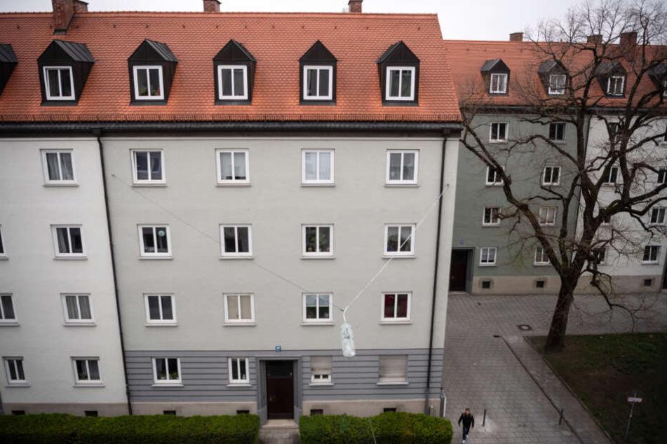 Die Mieten in dieser Wohnanlage mit 230 Wohnungen im Stadtteil Schwabing sollen drastisch erhöht werden.
