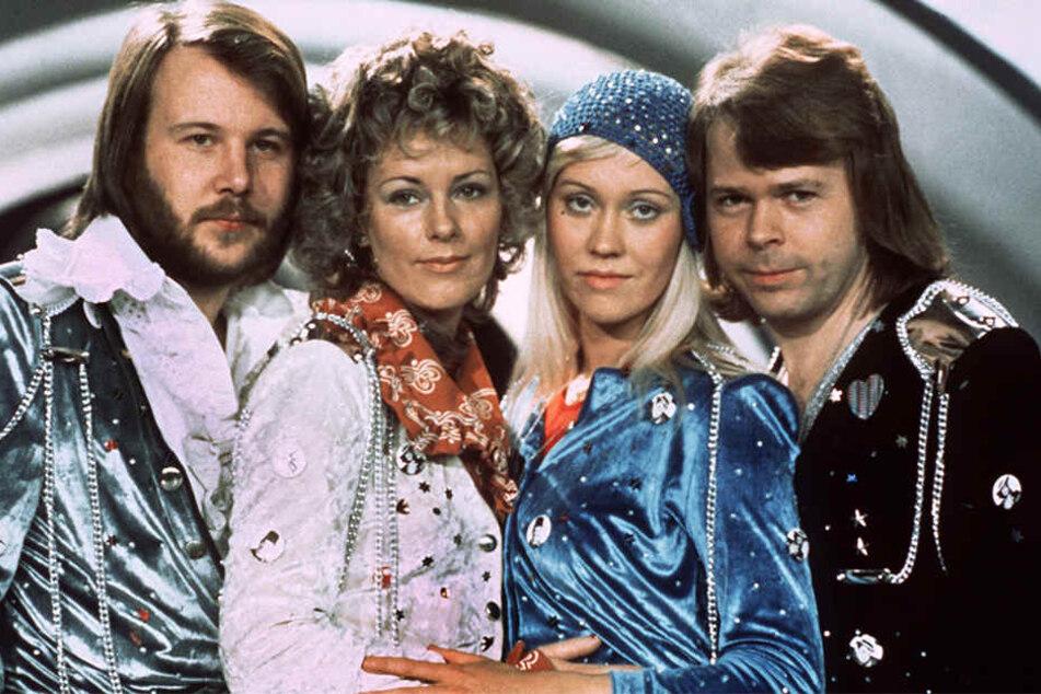 Sensation! ABBA sind nach 35 Jahren zurück