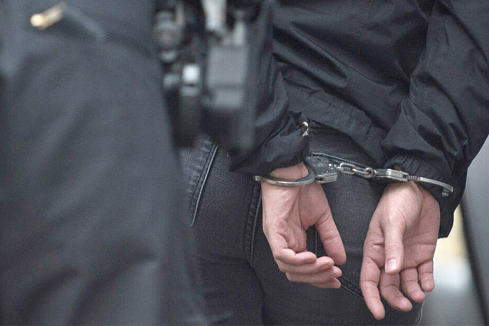Etwa 390 Klimaschützer wurden festgenommen. (Symbolbild)