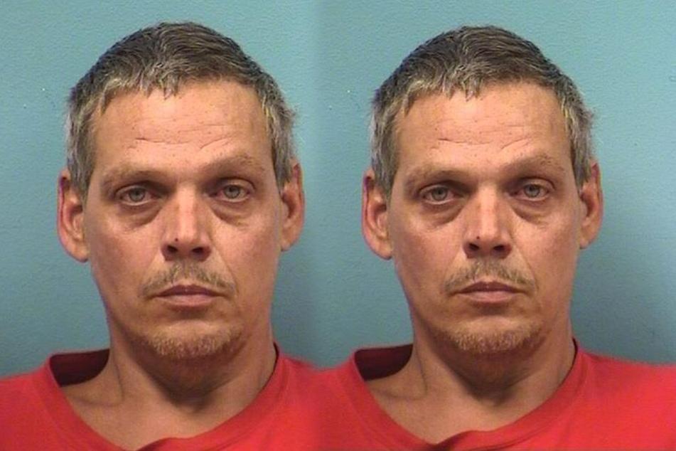 John Sean Newport (46) wurde wegen Mord und Brandstiftung angeklagt.