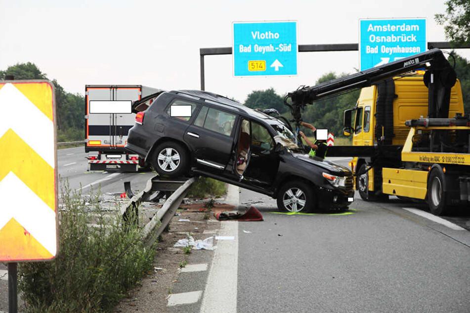 Die A2 wurde nachdem Unfall für 45 Minuten komplett gesperrt.