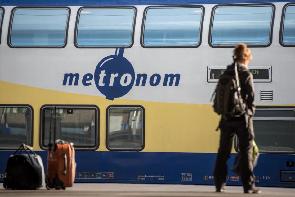 Bis Anfang August gelten Einschränkungen auf der Metronom-Strecke Uelzen-Lüneburg-Hamburg (Archivbild).