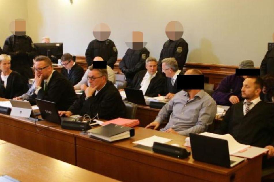 Rockerprozess startet erneut: Verschärfte Sicherheitskontrollen am Landgericht