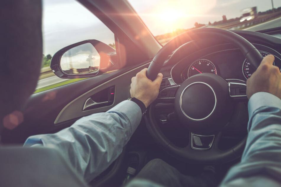 Zu viele Verkehrstote! Bundesländer wollen härtere Strafen für Raser