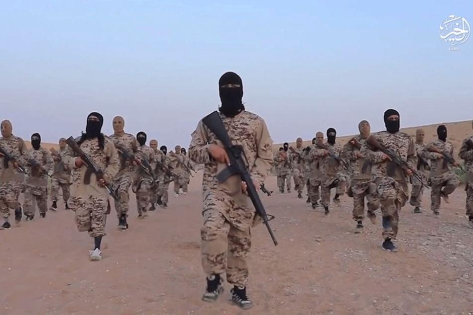 IS-Kämpfer in Syrien: Die Dschihadisten sind bestens vernetzt und operieren längst weltweit.