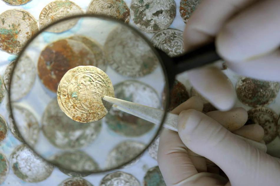 Dreister Coup - 576 historische Münzen wurden aus dem Stadtgeschichtlichen  Museum Leipzig gestohlen.