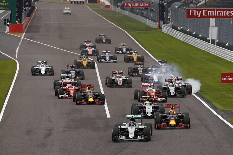 Rosberg nutzte einen kapitalen Startpatzer seines WM-Rivalen Lewis Hamilton,