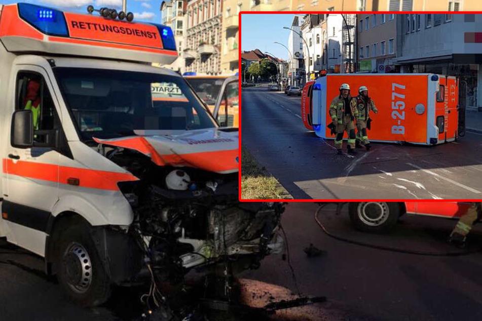 Autofahrer rammen Krankenwagen im Einsatz: Zwei Unfälle, zehn Verletzte