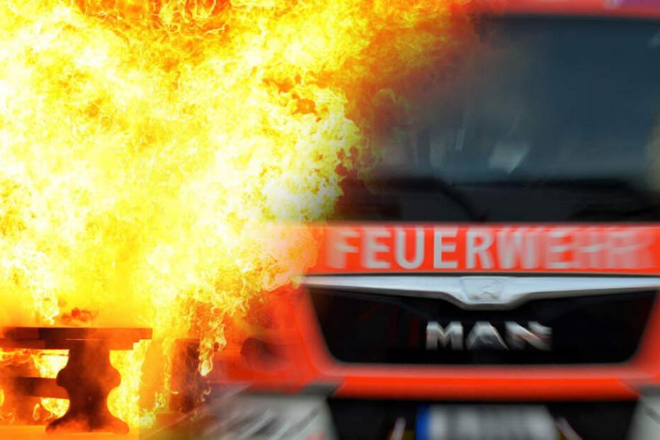 Erdgeschoss steht komplett in Flammen: Nachbar rettet Mann aus brennendem Haus