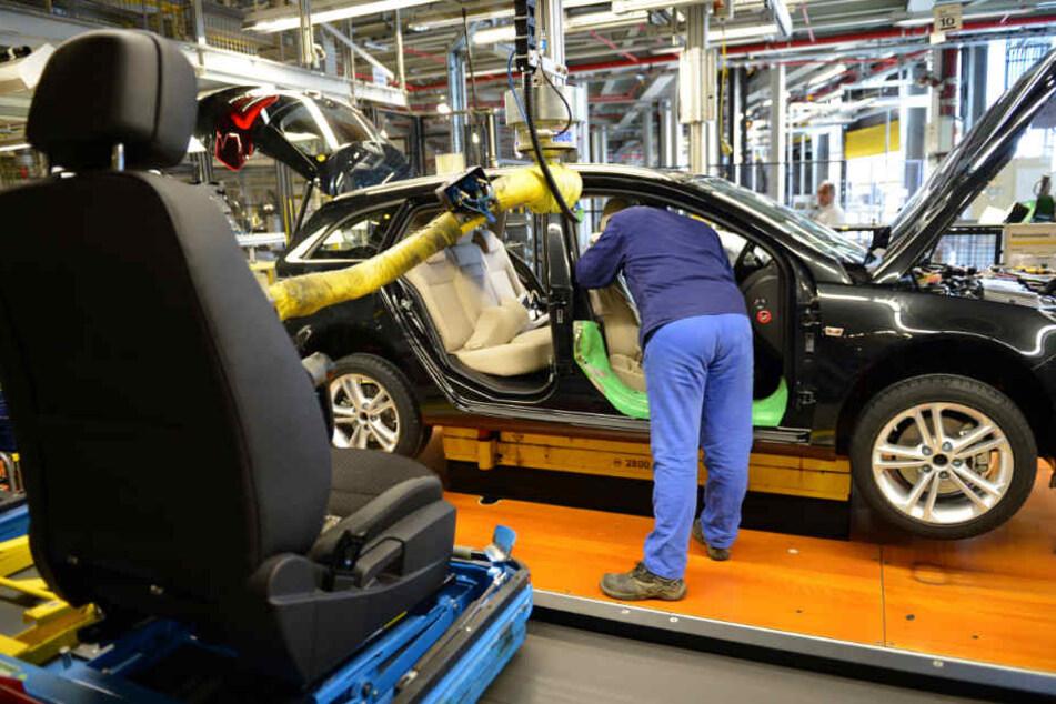 In Deutschland müssen rund 9000 Autos in die Werkstätten (Symbolfoto).