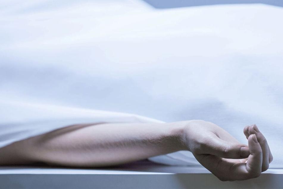 Am Sonntag fand man die Leiche der jungen Frau (†16) (Symbolbild).