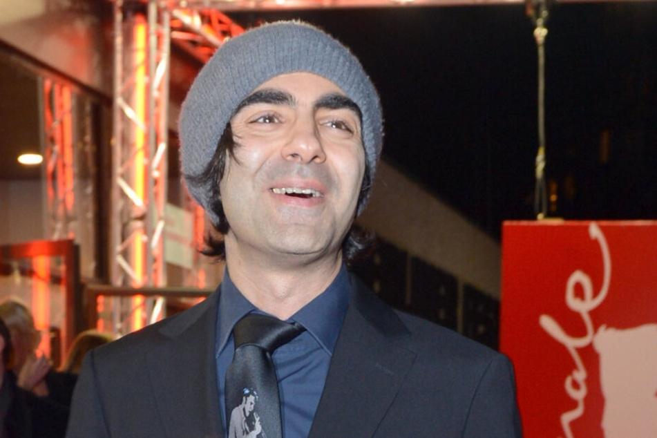"""Der gefeierte Regisseur Fatih Akin gewann bereits mit seinem Film """"Gegen die Wand"""" einen Goldenen Bären. Gelingt ihm das mit seinem Horror-Streifen """"Der Goldene Handschuh"""" erneut?"""