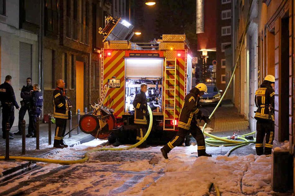 Die Feuerwehr hatte das Feuer in einem Großeinsatz gelöscht.