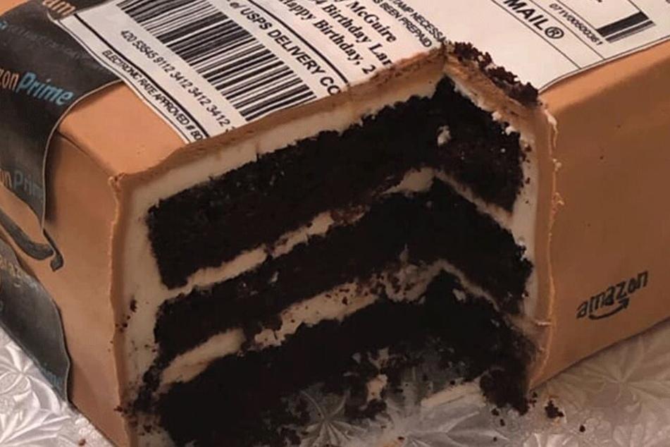 """Am Ende war das """"Paket"""" doch nur Kuchen."""