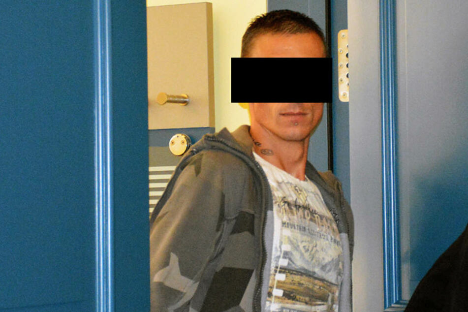 André E. (34) kassierte am Montag wegen besonders schweren Einbruchs sieben  Monate Knast.