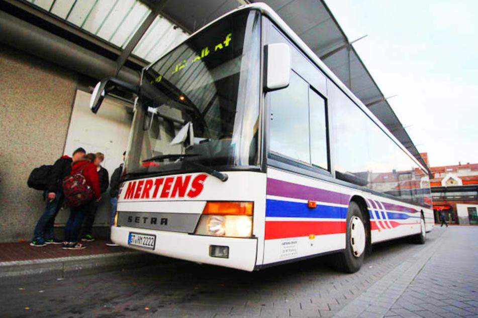 Am Busbahnhof in Gütersloh wurden drei junge Afghanen bei einer Prügel-Attacke leicht verletzt.