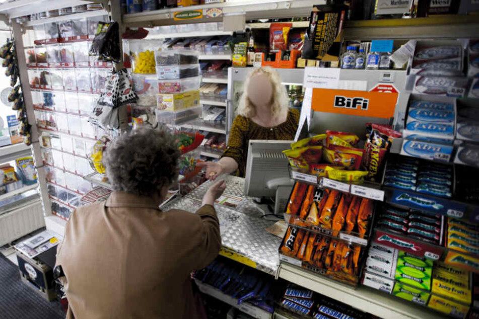 Der Ladendieb wurde von den beiden Ladenbesitzern überwältigt (Symbolfoto).