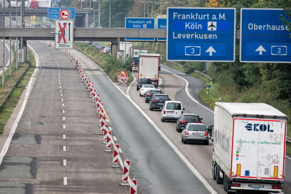 Unfall: A1 bei Burscheid Richtung Köln zeitweise gesperrt