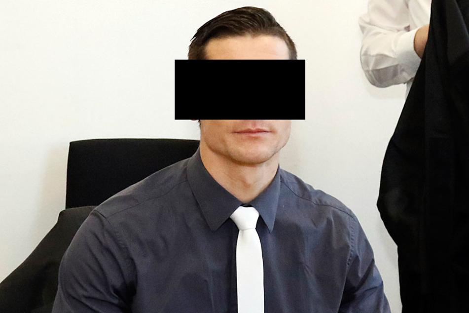 Tim R. (30) muss eventuell wieder vor Gericht. Die Staatsanwaltschaft hat  Revision gegen ein Urteil gegen den Polizisten eingelegt.
