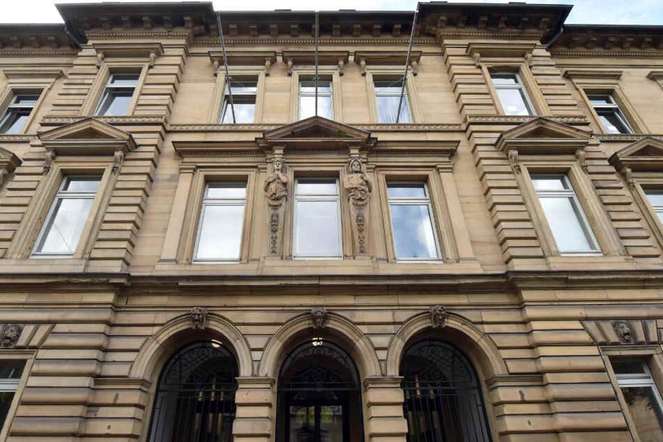 Ab diesem Freitag müssen sich neun Mafiosi vor dem Landgericht in Karlsruhe verantworten.