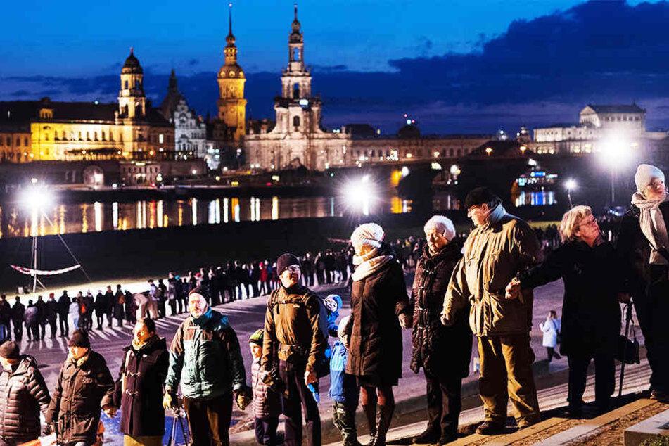Dresden: 74 Jahre nach der Zerstörung: So will Dresden der Bombennacht gedenken