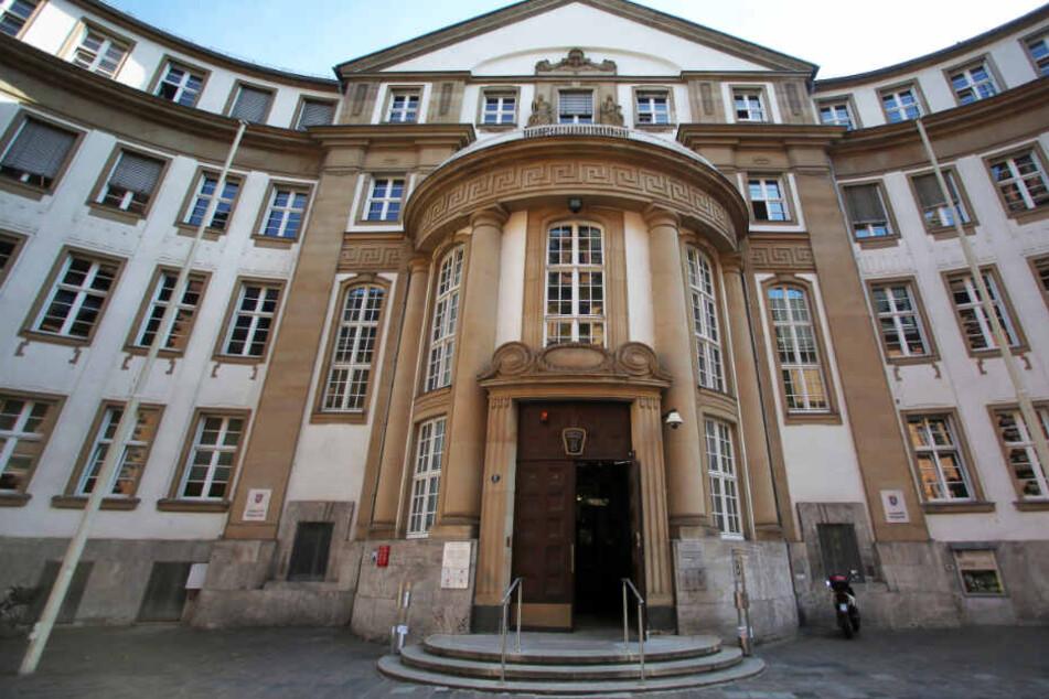 Der Prozess vor dem Landgericht Frankfurt (Archivbild) wird voraussichtlich bis Ende Januar andauern.