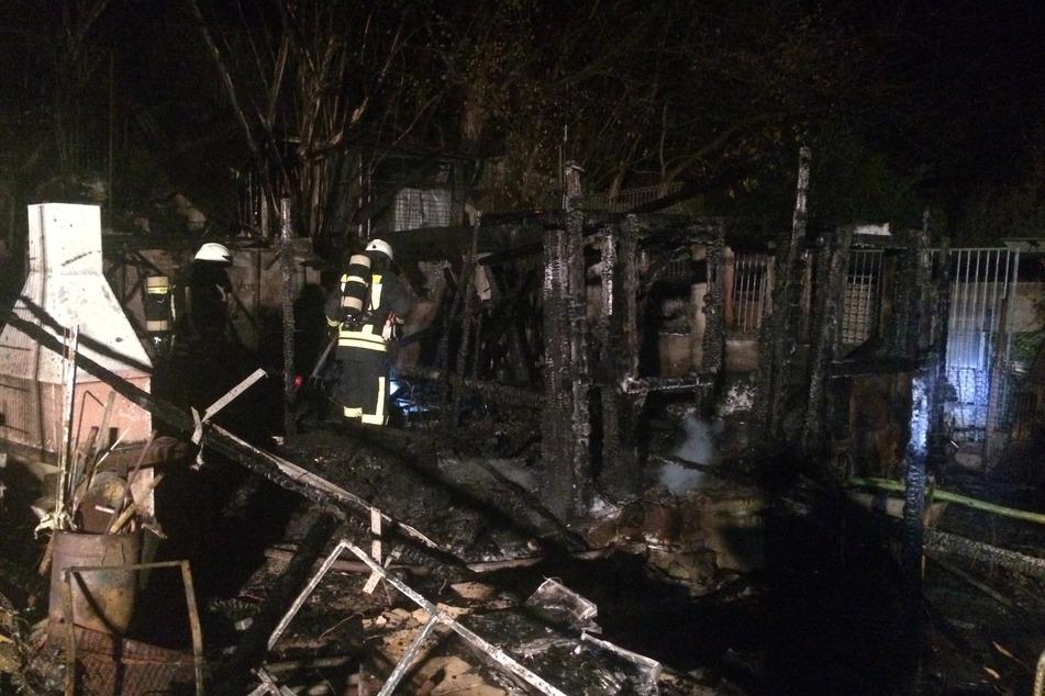 Die Feuerwehr konnte den Brand erst nach stundenlangem Einsatz vollständig löschen.